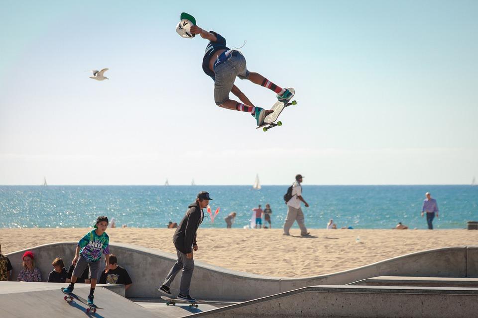 skateboard, skateboarding, skateboarders