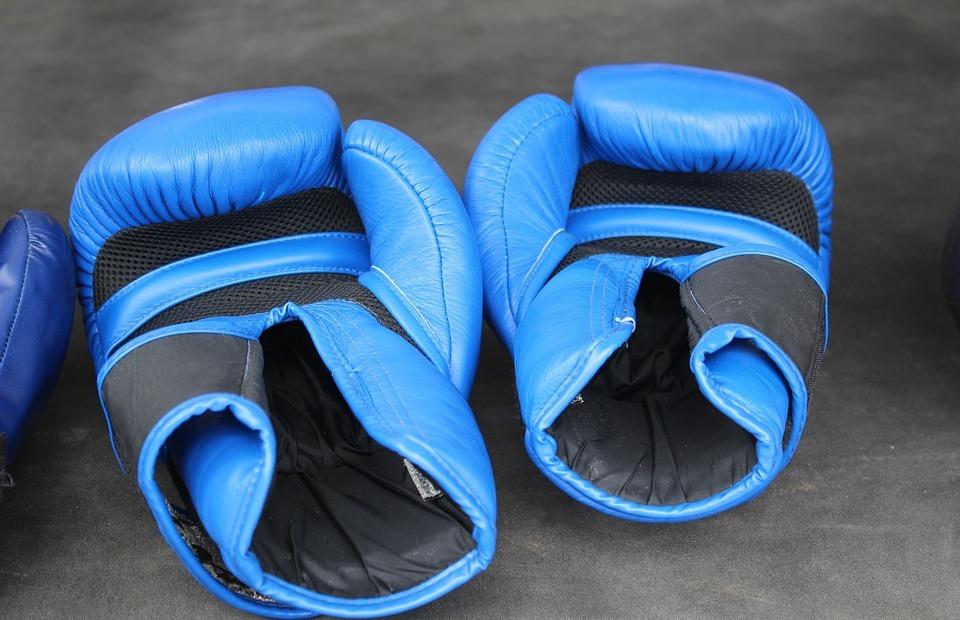 box, boxing gloves, boxing