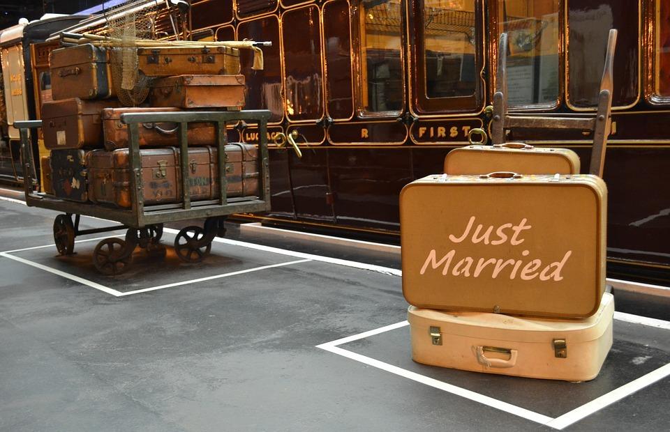 luggage, travel, honeymoon