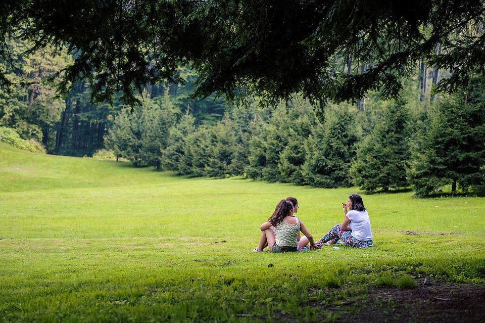 picnic, nature, girls