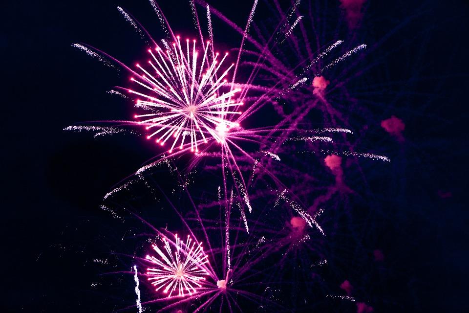 fireworks, volvo, ocean