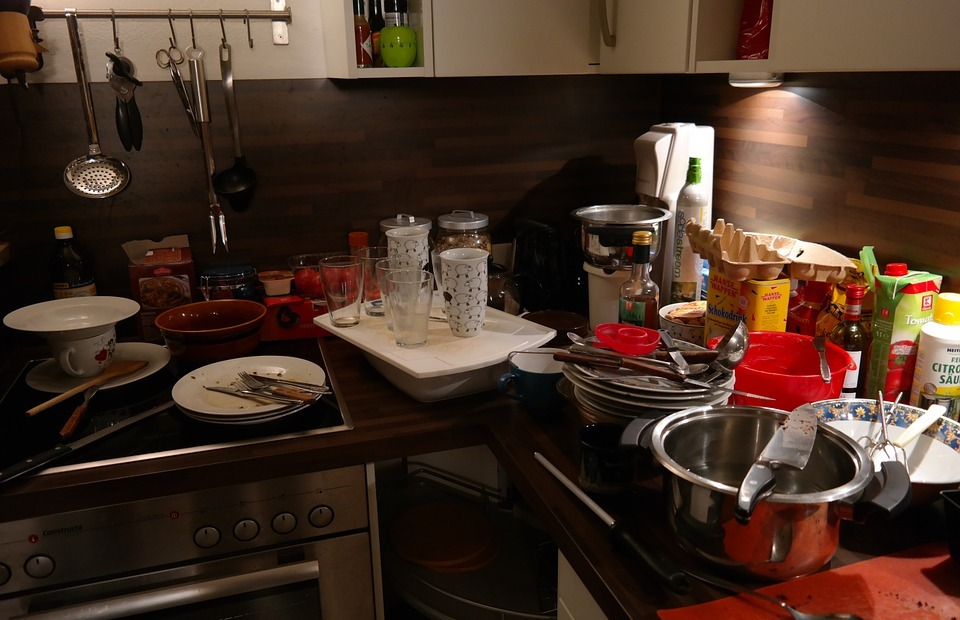 kitchen, a mess, unclean